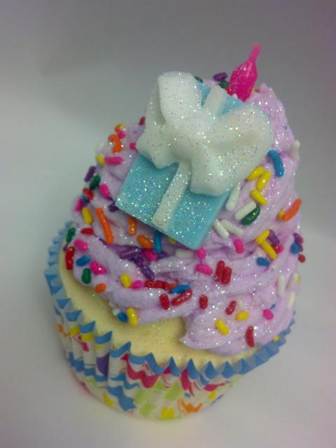 Birthday Bath Bomb Cupcake